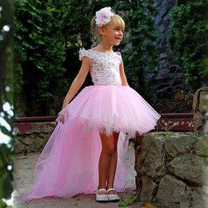 Короткое платье для девочки на выпускной