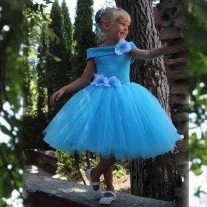 Короткое пышное платье для девочки напрокат
